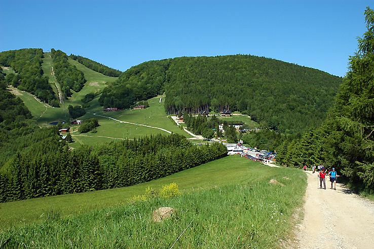 Fačkovské sedlo (802 m).